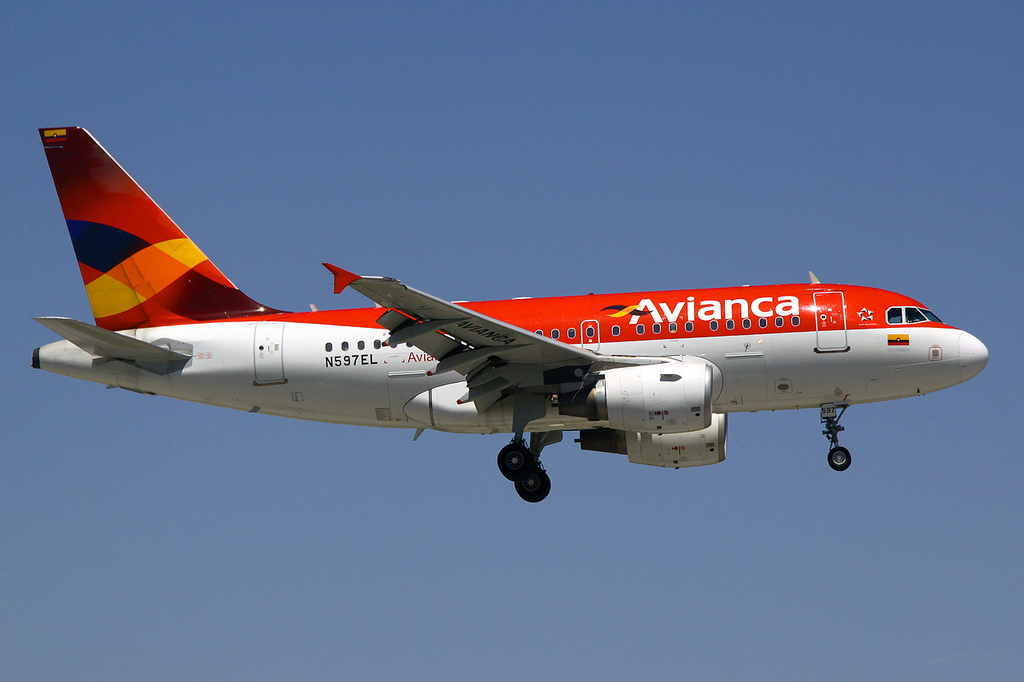 Photo of Avianca Airbus A318